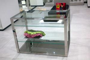 Журнальный стол для отелей и ресторанов из стекла и стали